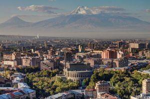 Yerevan, capital city of Armenia, with the backdrop of Mount Ararat (Photo: Serouj Ourishian, Wikimedia Commons)