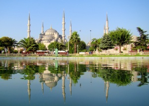 The Blue Mosque, Istanbul. (By Bjørn Christian  via Wikimedia Commons)