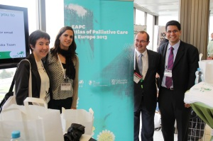 Prof Carlos Centeno provided highlights from the developed EAPC Atlas of Palliative Care in Europe 2013 at the congress. Left to right: Maria Arantzamendi, María Rullán, Carlos Centeno, José Mario López of the ATLANTES research program of the University of Navarra)