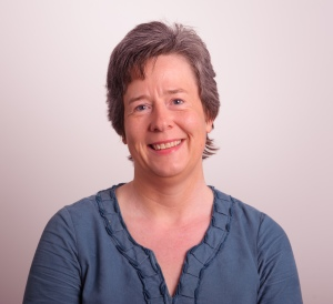 Dr Catherine Walshe
