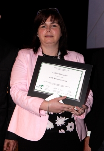 Dr Kathleen McLoughlin with her award