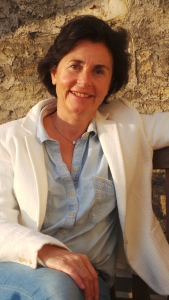 Dr Anne de la Tour