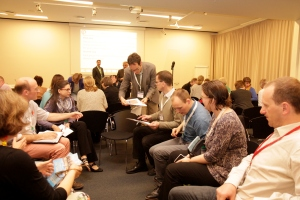 'Meet the expert' session: Dr Benjamin Ewert (centre) with delegates  at the session