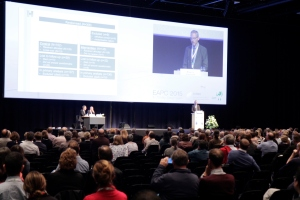 Professor Mogens Grønvold speaking at a plenary session at the 14th EAPC World Congress