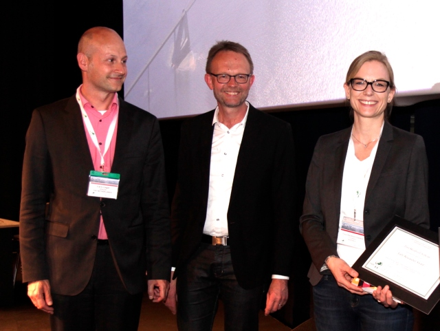 Tora Skeidsvoll Solheim (right) with co-chairs of the presentation award ceremony, Carlo Leget and Ole Råkjaer