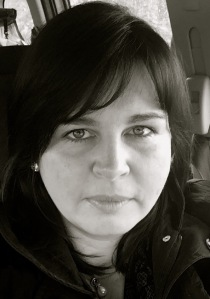 Dr Kathy McLoughlin